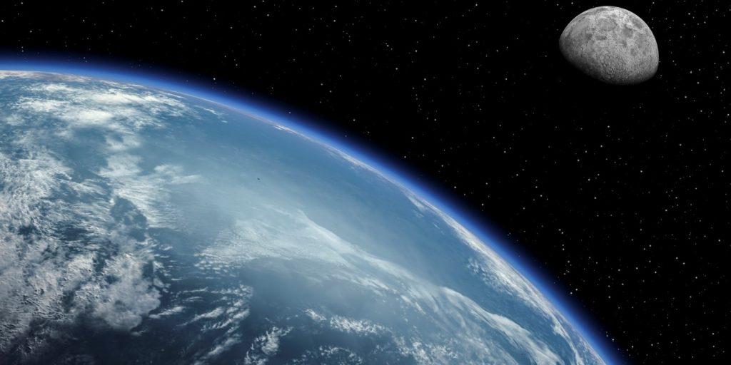La Tierra frente a la Luna