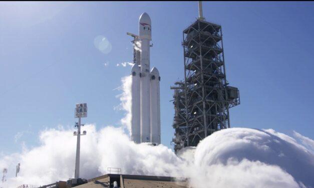 La NASA elige al Falcon Heavy para lanzar componentes de lunar Gateway en 2024