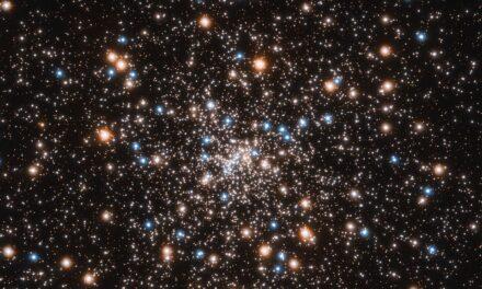 El Hubble descubre la concentración de pequeños agujeros negros